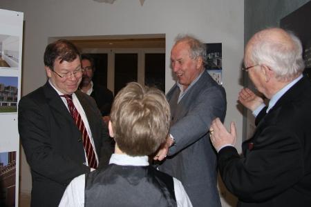 Im Gespräch (von links): Dr. Joachim Mähnert (Dirketor OL), Volkwin Marg (gmp-Architekten), Carl-Peter von Mansberg (von Mansberg Architekten)
