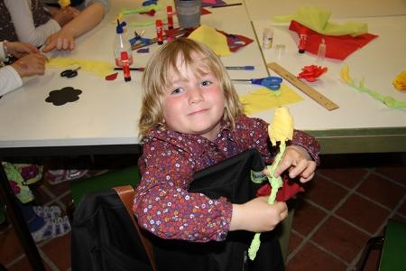 Eine Rose zum Muttertag - gebastelt in der Kreativ-Werkstatt