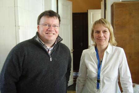 Im Estnischen Nationalmuseum: Dr. Eike Eckert und Reinvelt