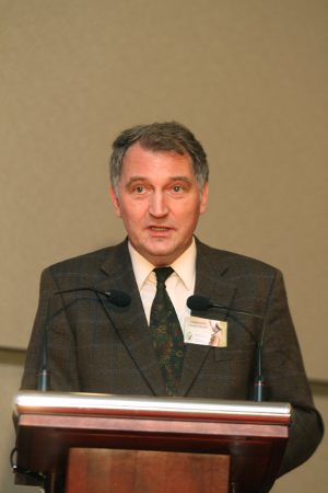 Dr. Christoph Hinkelmann während seines Vortrags in Warschau, Foto: Andrzej Wierzbieniec