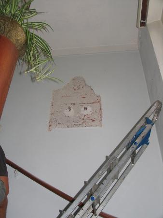 Eine Madonna aus der Wand gemeißelt
