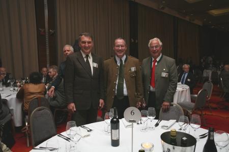 Von links: Dr. Christoph Hinkelmann, Dr. Rolf Roosen, Dieter Stahmann Foto: A. Wierzbieniec