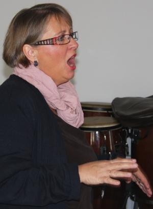 Sylvia Lawaty leitete den musikalischen Part