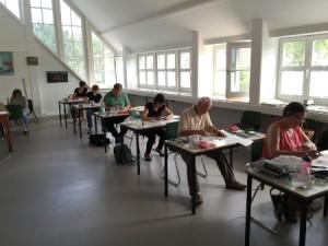 Konzentriertes Arbeiten im Atelier des Ostpreußischen Landesmuseum