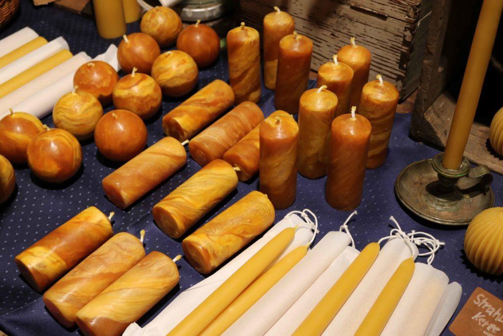 Handgezogene Kerzen von Heinz Götzmann.